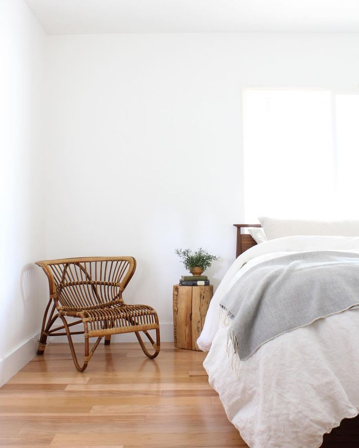 Sweet dreams are made here. // We love how the light grey Seka Throw adds just a dash of color on this clean canvas. : @annabode
