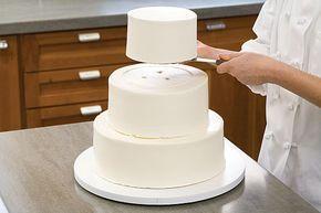 Segredos para fazer um bolo de casamento montagem-dissimulada de decoração dicas para transporte de dicas    Repinado de bolos POR Jane Nowicki
