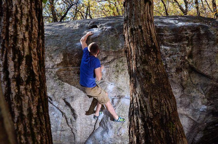 Chironico - Schweitz - 7a . Ein schönes Wochenende  . #chironico #switzerland . . . . . #bouldern #klettern #bouldering #climbing #timetoclimb #ilovebouldering #fitness #climbingphotography #bouldering_pictures_of_instagram #climbing_pictures_of_instagram  #climbing_is_my_passion #climb #escalada #photooftheday #nature #nofilter #outdoor #climbingisfun #great #fun #mainbloc