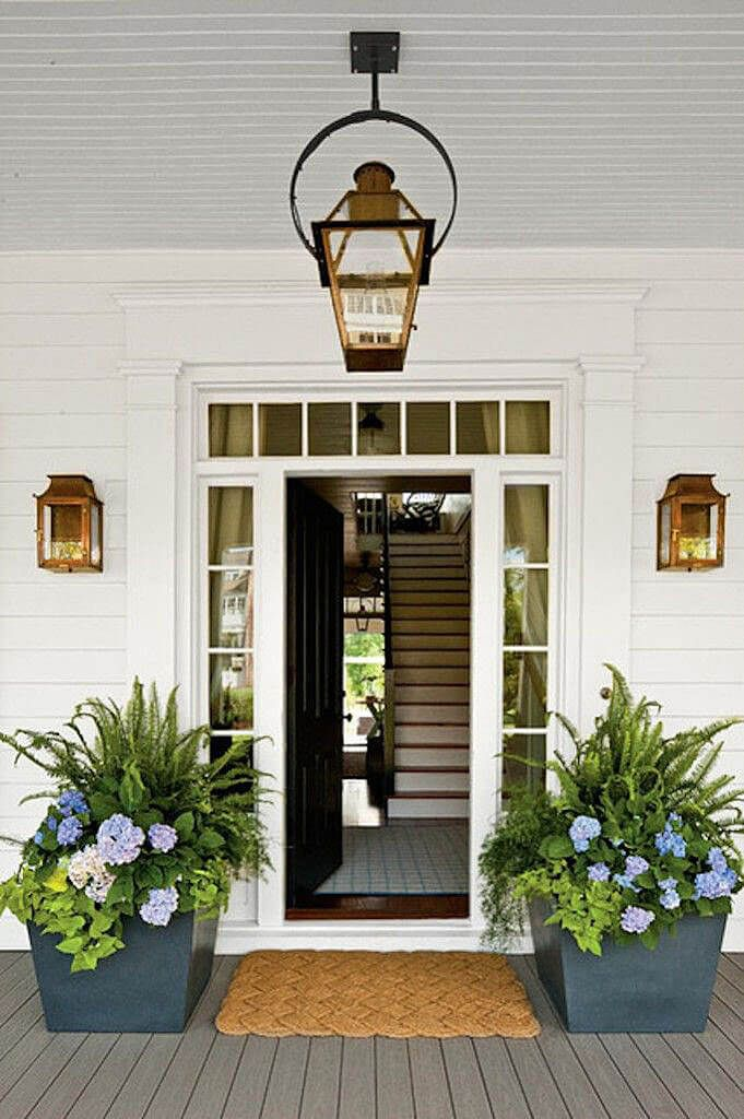 29 Pretty Front Door Flower Pots that will Add Personality to Your Home : door porch - Pezcame.Com