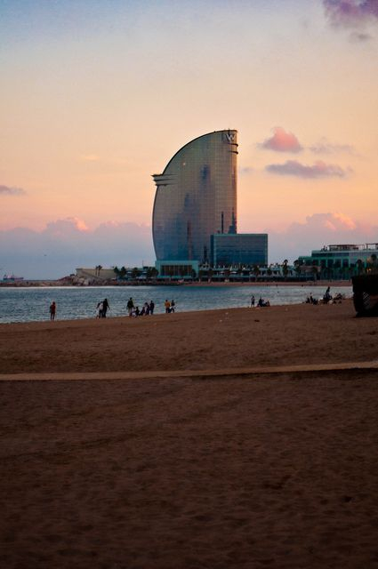 Barcelona Barceloneta beach - it´s my favourite beach until now - so many interesting #people! #Barcelona #love
