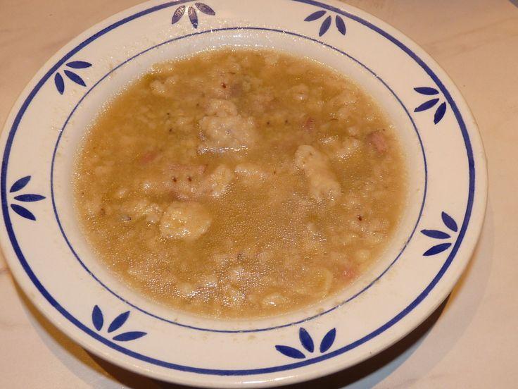 Špeková polévka s noky chutná výtečně.