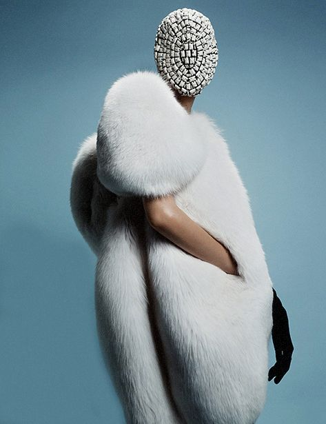 "Agata Rudko @ IMG by Billy Nava for Schön! October 2013 ""VOILÉE"" Maison Martin Margiela mask"