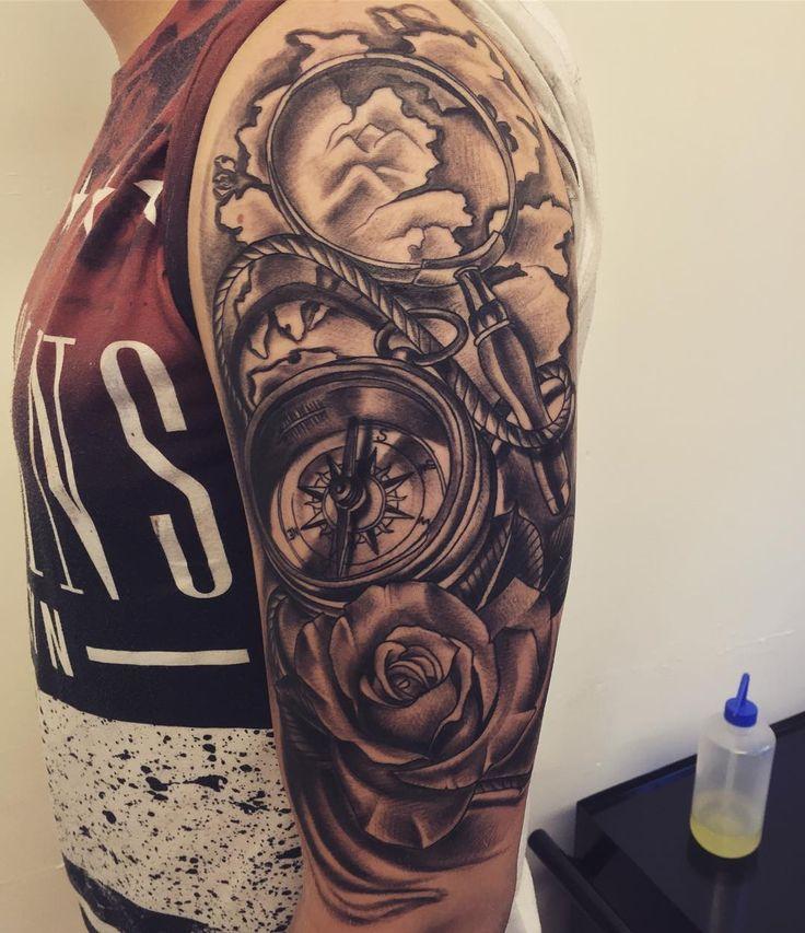Oltre 25 fantastiche idee su tatuaggi orologio su for Bussola tattoo significato