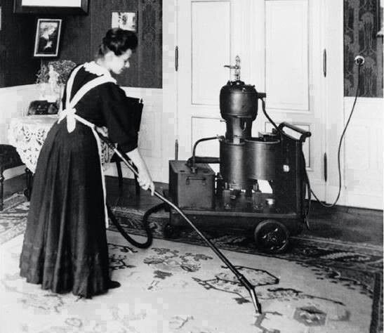 First vaccum cleaner, 1906 300lbs. I can only imagine how loud this was.