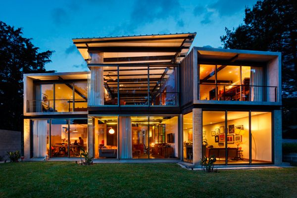 Best 25 cargo container homes ideas on pinterest for Container house plans for sale