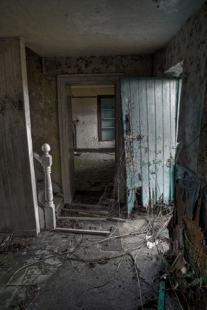 abandoned cottage, Northern Ireland