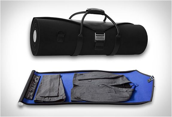 ROLLOR SUIT CARRIER - now this is a good idea, suits are always a pain to pack! http://www.rollor.com/onlineshop