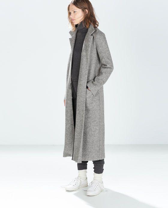 Manteau Zara, j'adore le look avec ces baskets blanches
