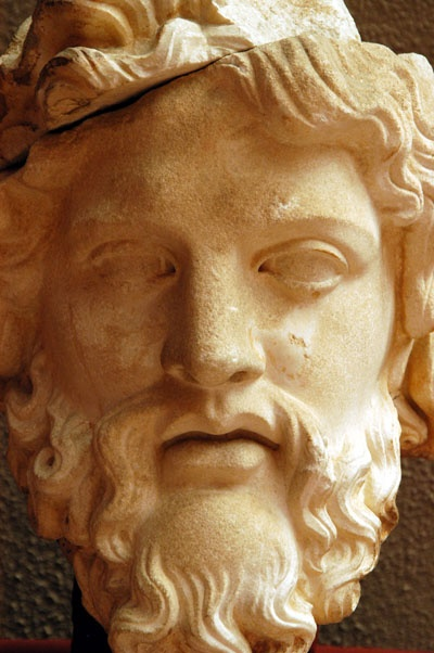 Artists base gods facial characteristics on zeus