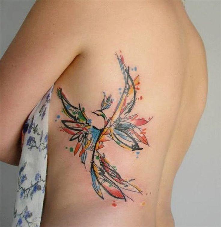 Le tatouage phoenix bénéficie d'un bel attrait et il apparaît spectaculaire par ses couleurs chatoyantes et ses déclinaisons innombrables. Discret ou impo