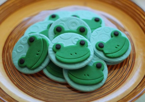 Cute Frog Fondant Toppers - Perfect for Cupcakes, Cookies, and Other Edible Creations