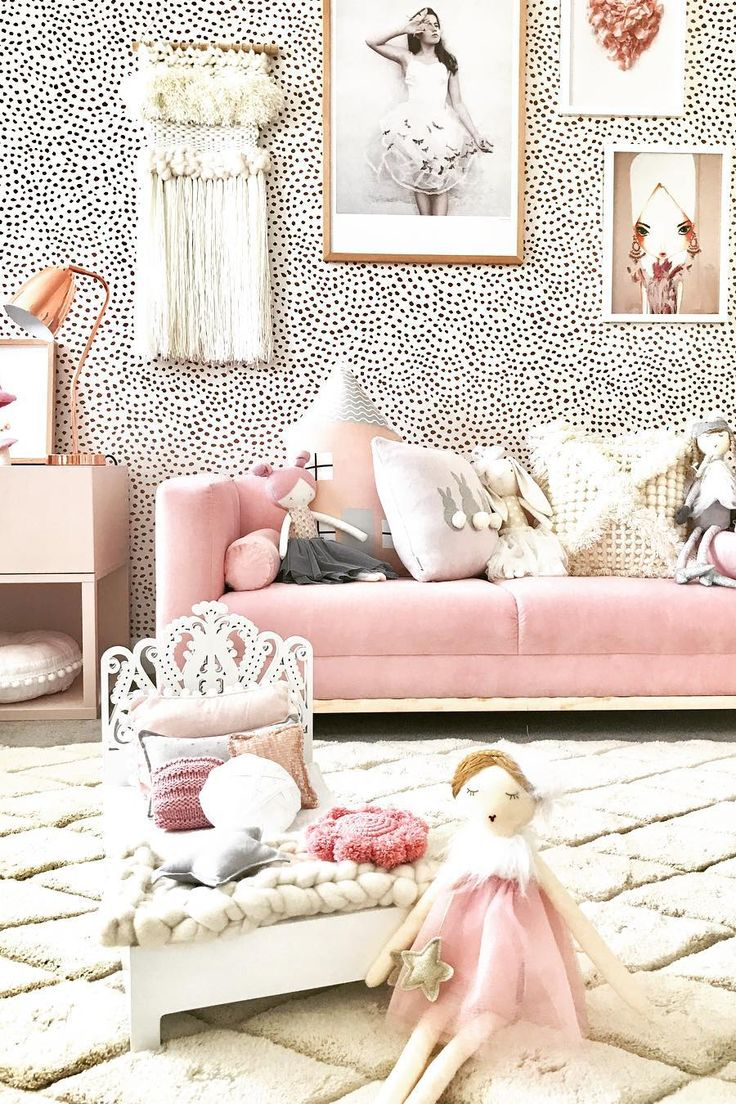 Inspiration from Instagram -Jen Farr designdevotee  - pastel girls room ideas, pink and grey girls room design, kidsroom decor, girls kidsroom, powder