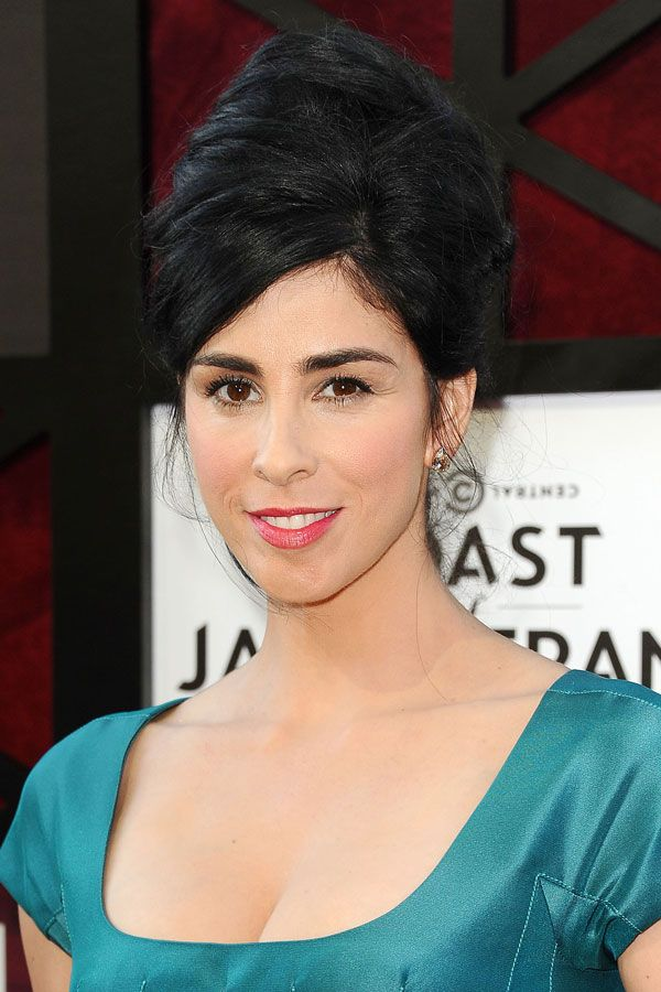 """Sarah Silverman Remember that one time she took her hair to new heights at the Comedy Central """"Roast of James Franco?"""" We sure do."""