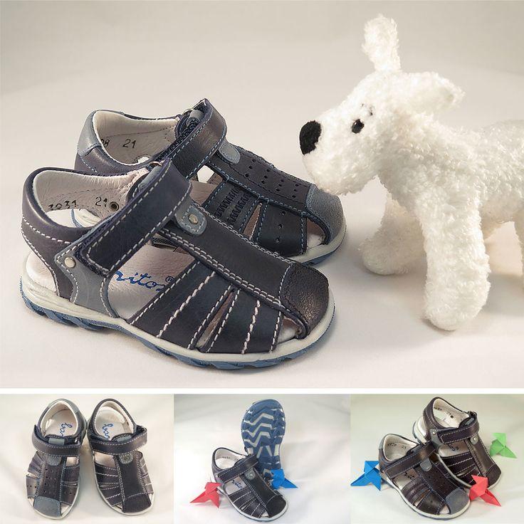Sandalias primeros pasos de piel para #niño, con cierre de velcro. Moda en #calzadoinfantil.
