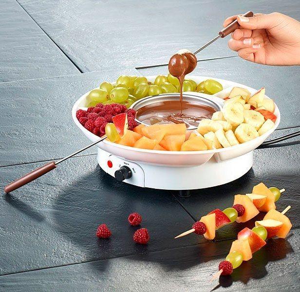 Les délicieuses fondues au chocolat, un des desserts les plus gourmands et conviviaux, maintenant facile à réaliser avec cet appareil à fondue !