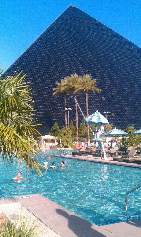 Best 25 luxor las vegas ideas on pinterest - Luxor hotel las vegas swimming pool ...