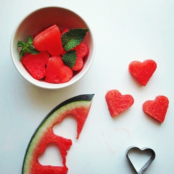 Been wanting to do some watermelon shots with a cookie cutter for Valentine's Day. This is the first brilliant image my search turned up!
