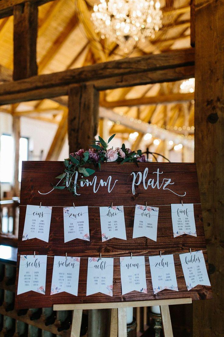 Deborah & Andre: Rustikale Hochzeit im Hofgut Dagobertshausen