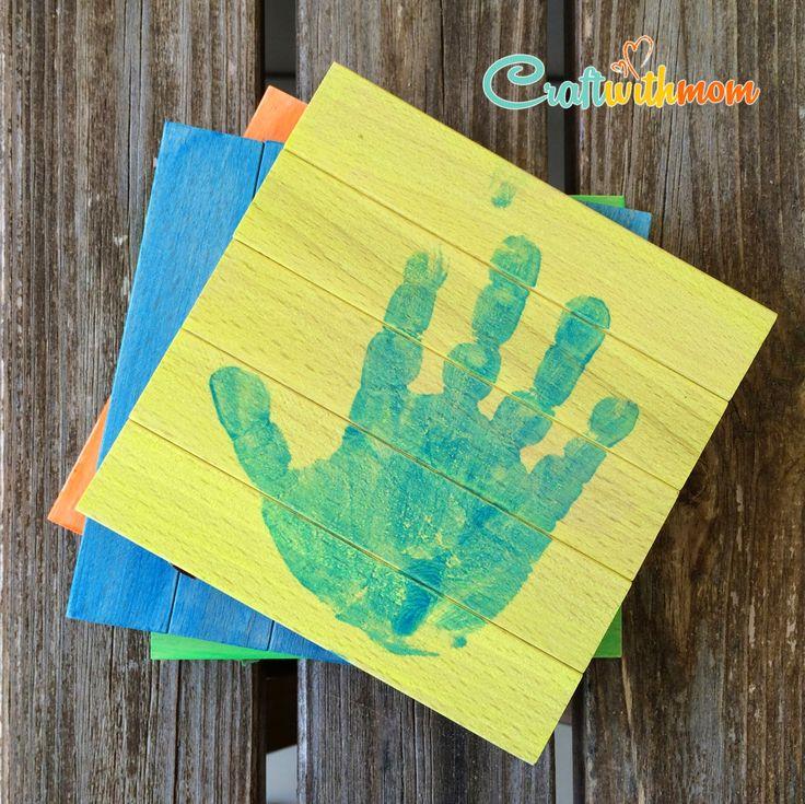 Νομίζω ότι όλοι οι γονείς με διάφορους τρόπους έχουμε κρατήσει τα αποτυπώματα από τα μικροσκοπικά χεράκια ή πατουσάκια των μικρών μας! Σ...