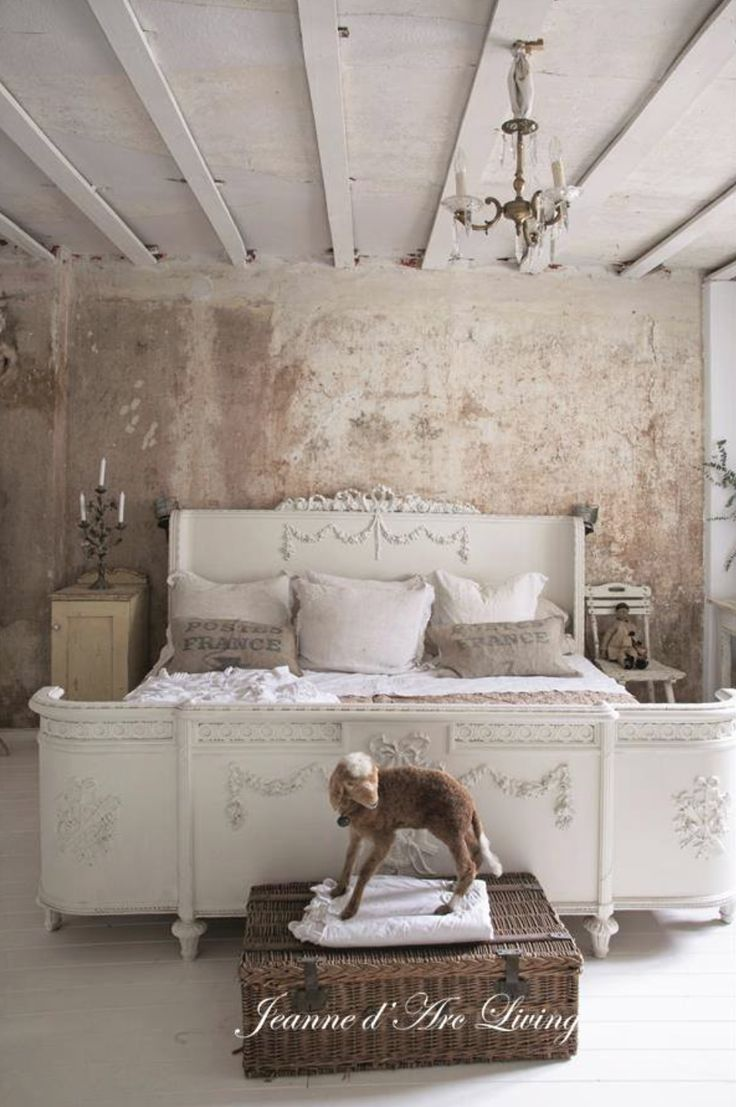 jeanne d 39 arc living sovrum mm pinterest shabby antique decor and bedrooms. Black Bedroom Furniture Sets. Home Design Ideas