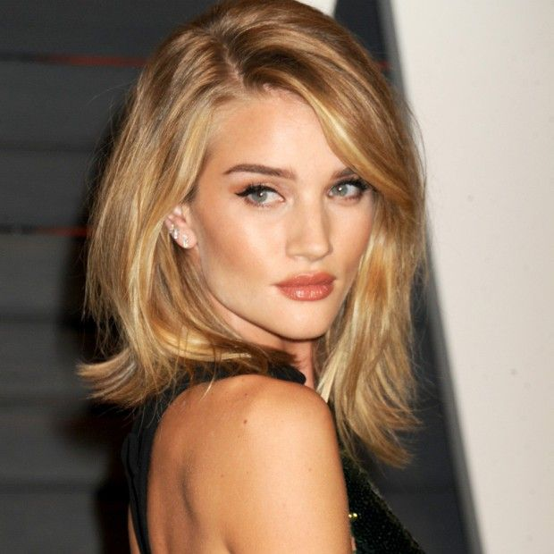 On connaît l'insolite secret bonne mine de Rosie Huntington-Whiteley