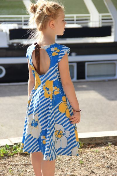 la robe qui tourne - vintage style 2-10 years - lily bird studio pdf pattern - juliette's dress