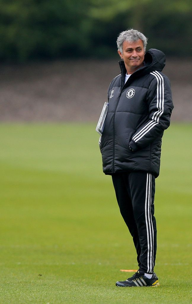 Jose Mourinho Photos: Chelsea Training