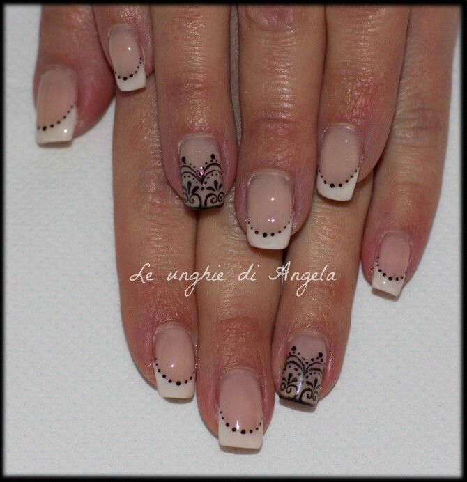 Gel polish french manicure with lace, I'm in love with them