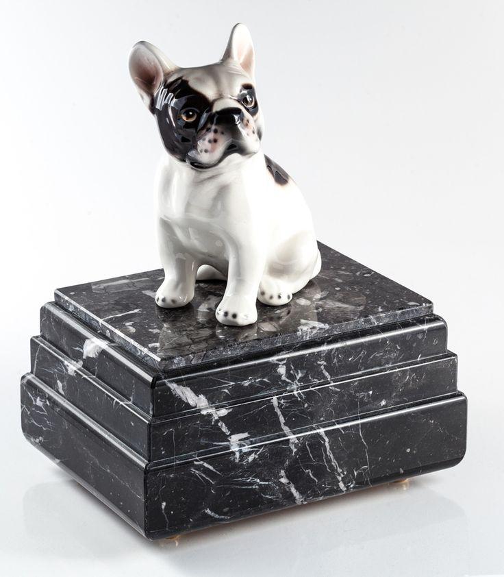 http://asilvy.it/shop/urne-per-animali/urna-bulldog-francese-2/