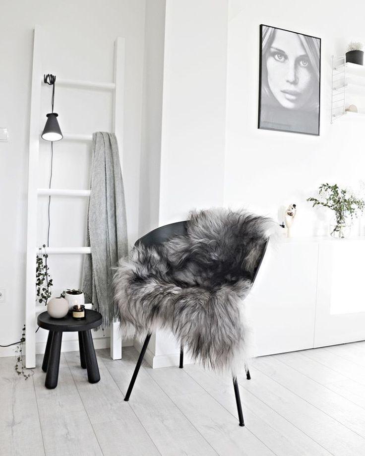 La manta de piel, un imprescindible en la decoración nórdica invernal