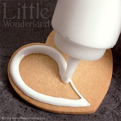 GALLETAS DECORADAS 8: Decoración de una galleta paso a paso | Little Wonderland