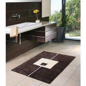 Moderner Badteppich auf Maß. Teppich mit weichem Flor in 96 Farben und graphischem Design.