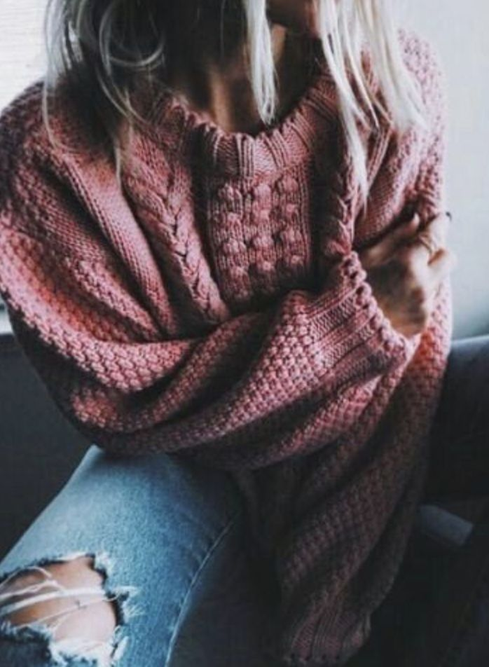 oversized sweaters + distressed jeans