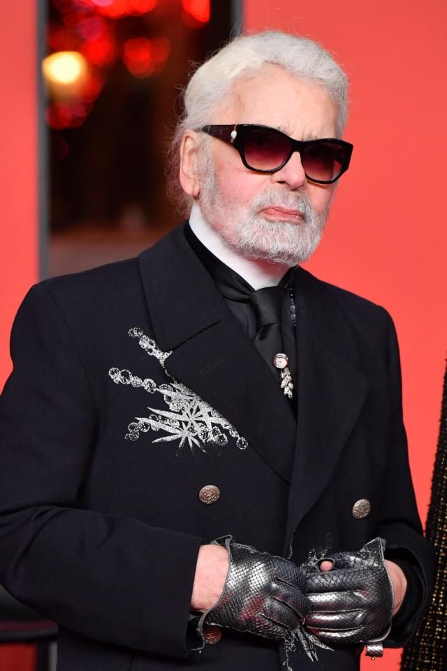 Karl Lagerfeld Iconic Chanel Fashion Designer Has Died At 85 Karl Lagerfeld Fashion Karl Lagerfeld Chanel Fashion