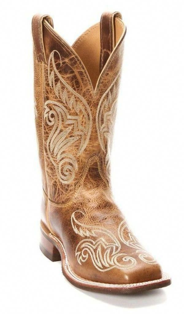e4538a38fdfac You looking for cowgirls boot or cheap cowgirl boot. Check out the website  above click the link for further alternatives - Glamorous cowgirl ...