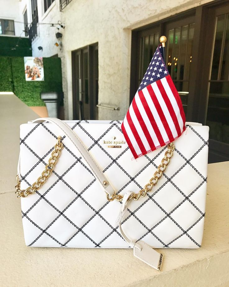 The Canopy Rooftop Bar | St. Petersburg FL | Boutique Hotel Fine Dining Restaurant & Rooftop Lounge | #LadiesNight  Uncork and unwind with us this Wednesday for your chance to win this @katespadeny bag and enjoy $6 Stoli specials and live music starting at 7 pm!