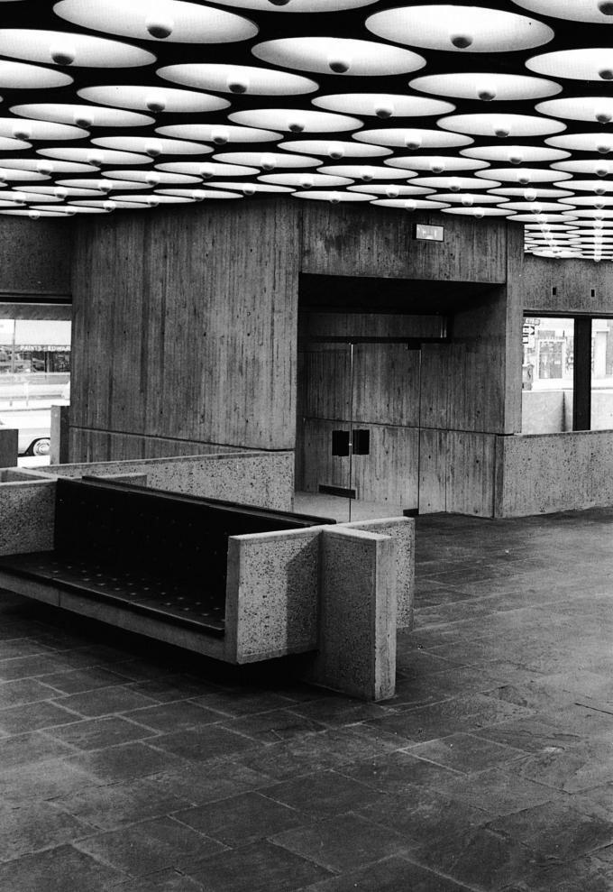 El Museo Whitney de Arte Americano por Marcel Breuer 1966. Fotografía por Ezra Stoller & 17 best Museum Lighting images on Pinterest | Museum lighting ... azcodes.com