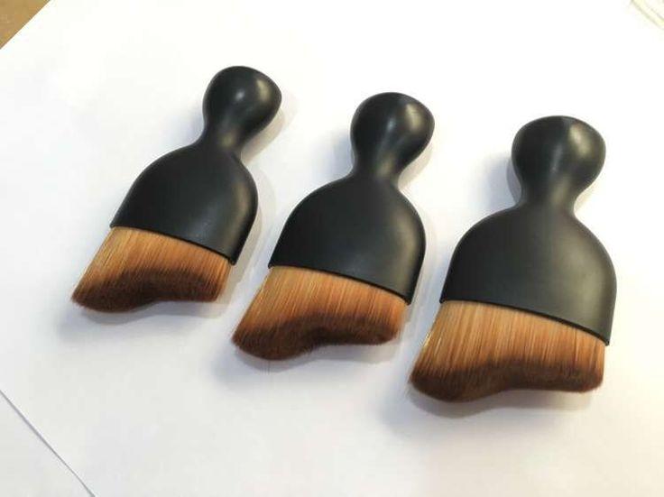 Pas cher 2016 2.94E - Nouvelle Vague maquillage brosse arc en forme de courbe arcuate BB crème en verre poudre fondation maquillage brosses, Acheter  Brosses et instruments de maquillage de qualité directement des fournisseurs de Chine: Prévoir délai de +- 3 semaines livraison gratuite
