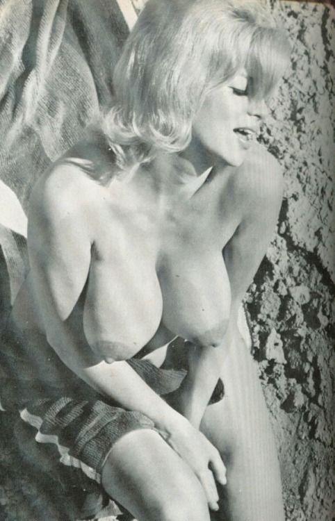 Jane mansfield nude film shaking