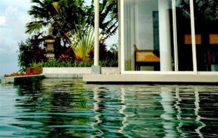 #tigadisVilla #BaliWeddingVilla #BaliHomeWedding #LombokWeddingPlanner http://balihomevilla.com/jimbaran-…/tigadis-villas-jimbaran/r