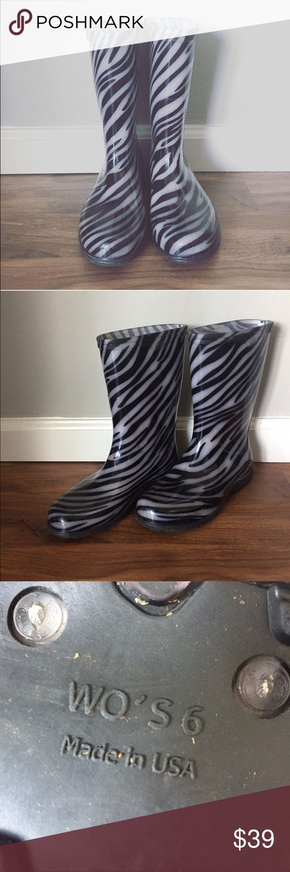 Sloggers rain boots like new animal print Like new condition. Worn once. Zebra, black, grey. Made in USA. Rubber. Can be kids / girls. sloggers Shoes Winter & Rain Boots