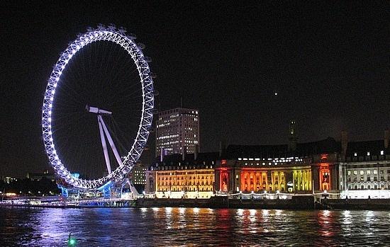 http://www.TravelPod.com - Il Tamigi by TravelPod member Karlamato, from Londra, United Kingdom