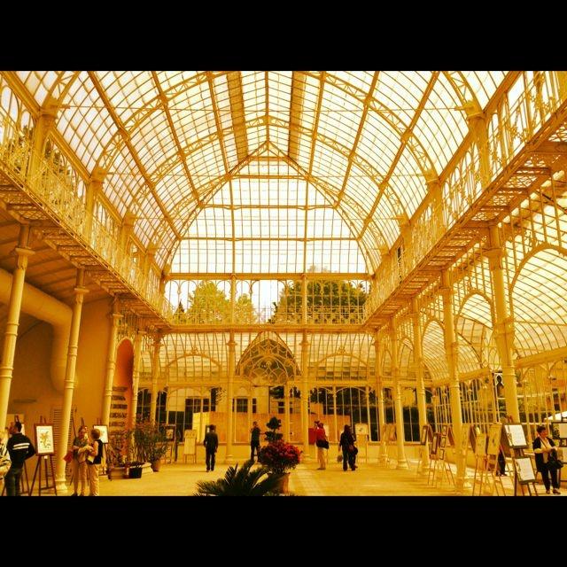 Appena restaurato il Tepidario di Firenze, creato per l'esposizione nazionale del 1880. Oggi usato soprattutto per la mostra dei Fiori.