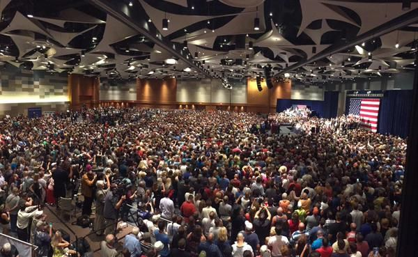 WOW!! => 20,000 PATRIOTS Turn Out to See DONALD TRUMP in ARIZONA!  Jim Hoft Jul 11th, 2015 6:08 pm 96 Comments  FIRED UP! 20,000 PATRIOTS TURNED OUT TO SEE DONALD TRUMP IN ARIZONA!!  Read more: http://www.thegatewaypundit.com/2015/07/wow-20000-patriots-turn-out-to-see-donald-trump-in-arizona/#ixzz3feEWrVeW