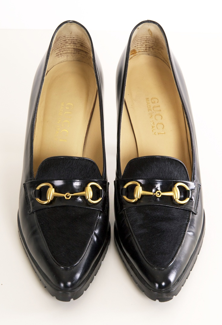 GUCCI flats great with pencil skirts & capris
