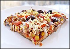 *Pizza vegană fără gluten* (vegan fără gluten) 1.Blat  – o cană orez integral  – 2 linguri semințe de in  – 2 linguri semințe de chia  – 2 linguri ulei  – sare  …