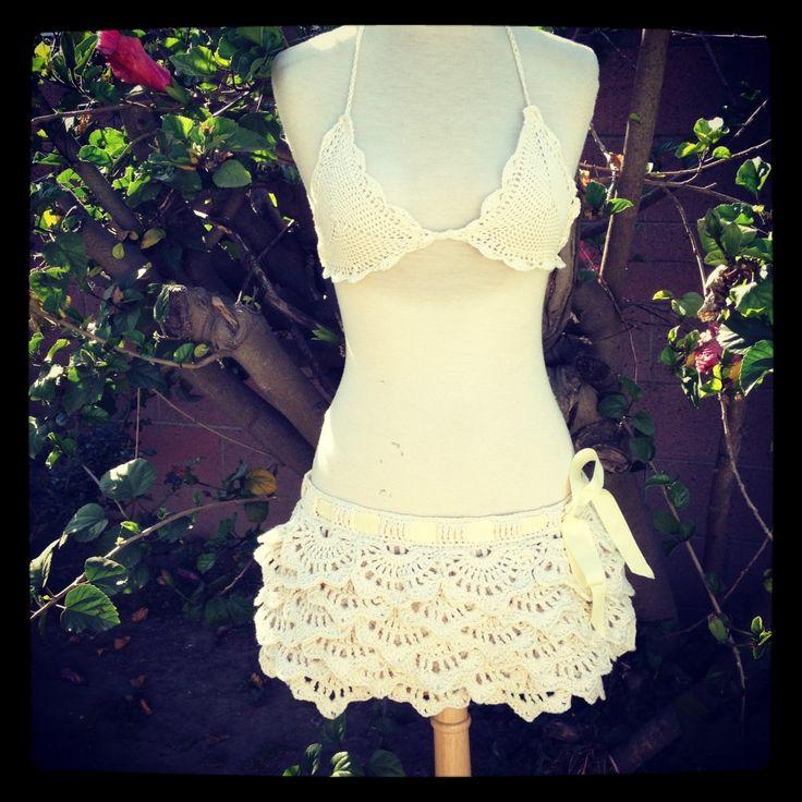 Crochet Ruffle Skirt (Free Pattern)