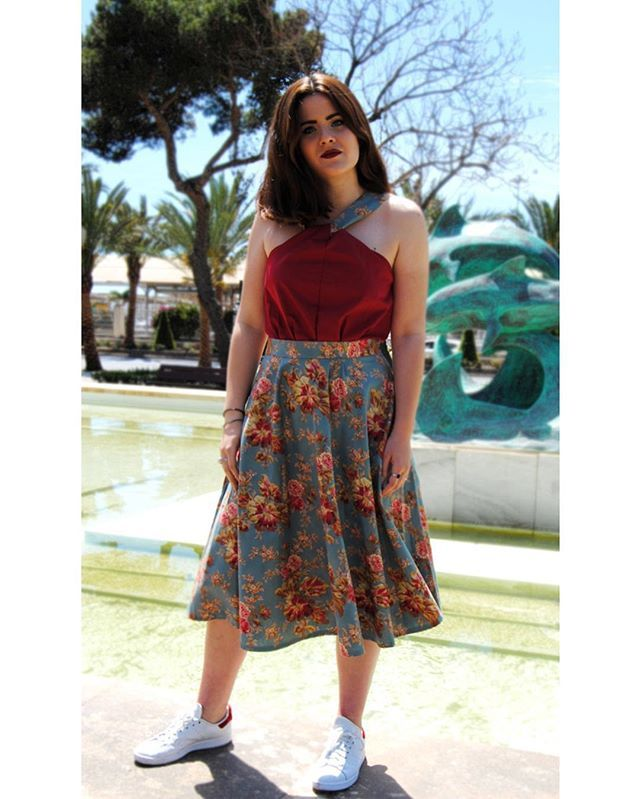 SOLO HOY !!! Falda Floral Midi  Top Andrea  REBAJADAS!!! Falda: 3995  Top: 2595  info WhatsApp 696828181  Puedes visitarnos en el Atelier de PioCCa en el Parque Nicolas Salmerón 111C (Almería)  #piocca #eventos #confeccion #comuniones #bodas #bautizos #regalos #invitadasperfectas