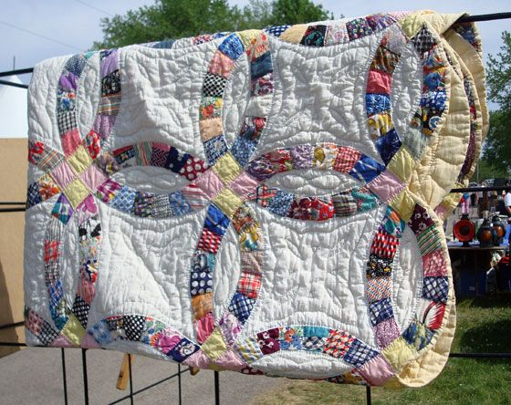 33 best Quilts - Double Wedding Ring images on Pinterest | Double ...